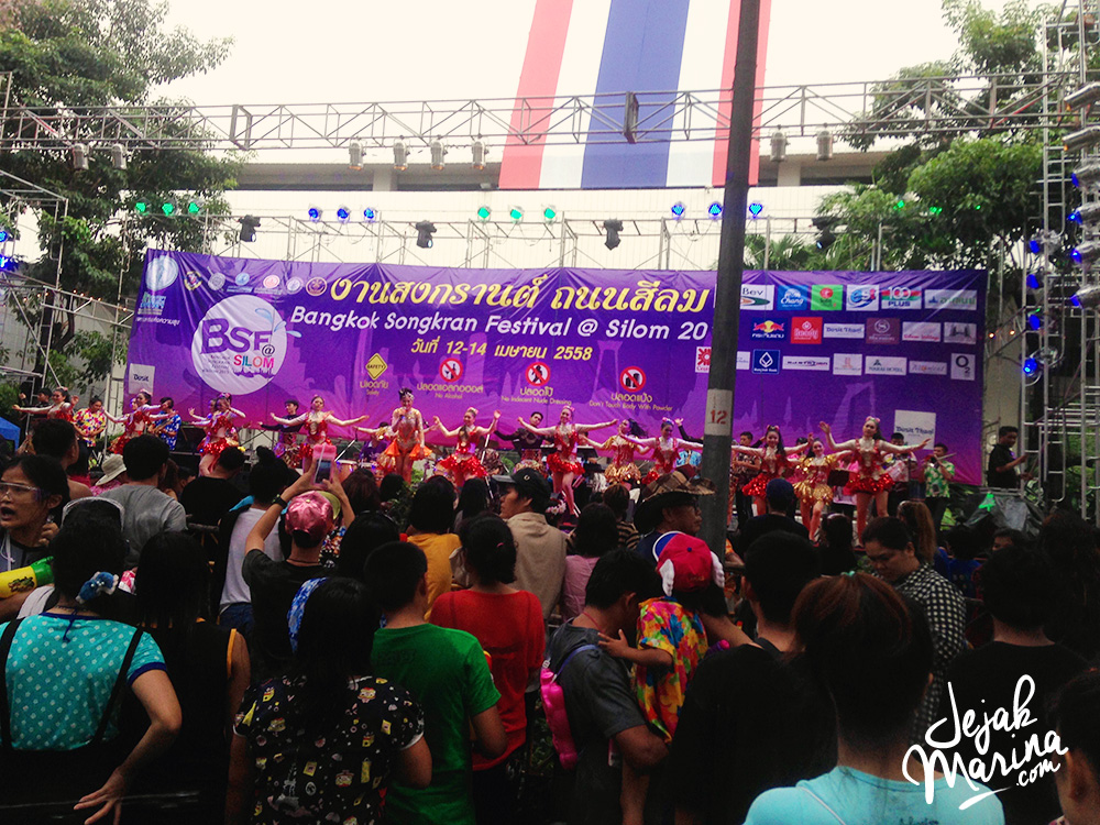 10 Ultimate Songkran Guide in Bangkok, Thailand