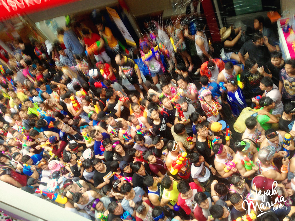 10 Ultimate Songkran Guide in Bangkok, Thailand
