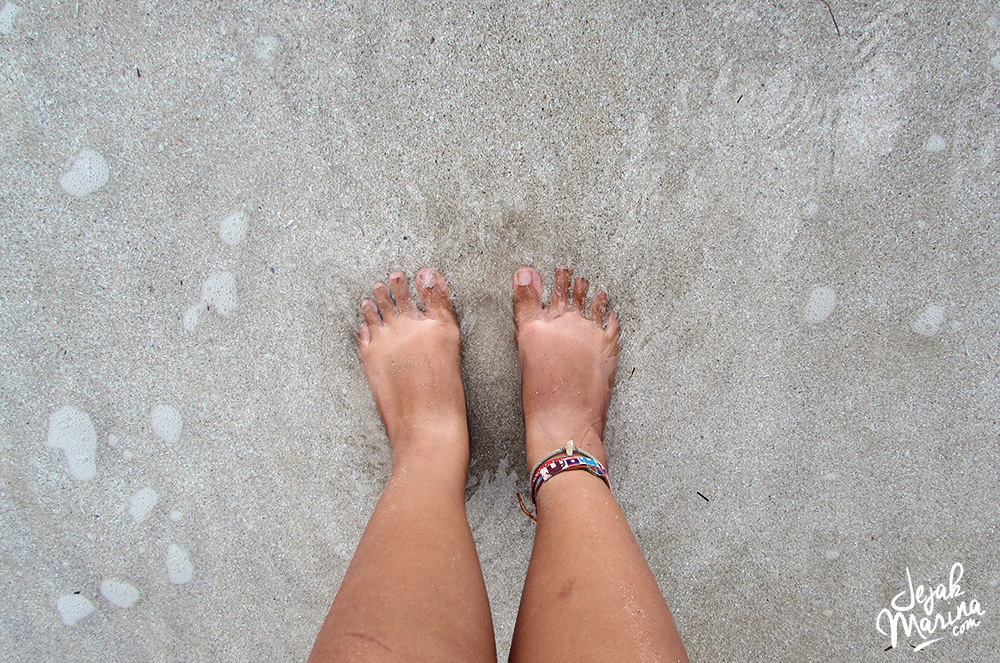 Feet in Koh Chang beach