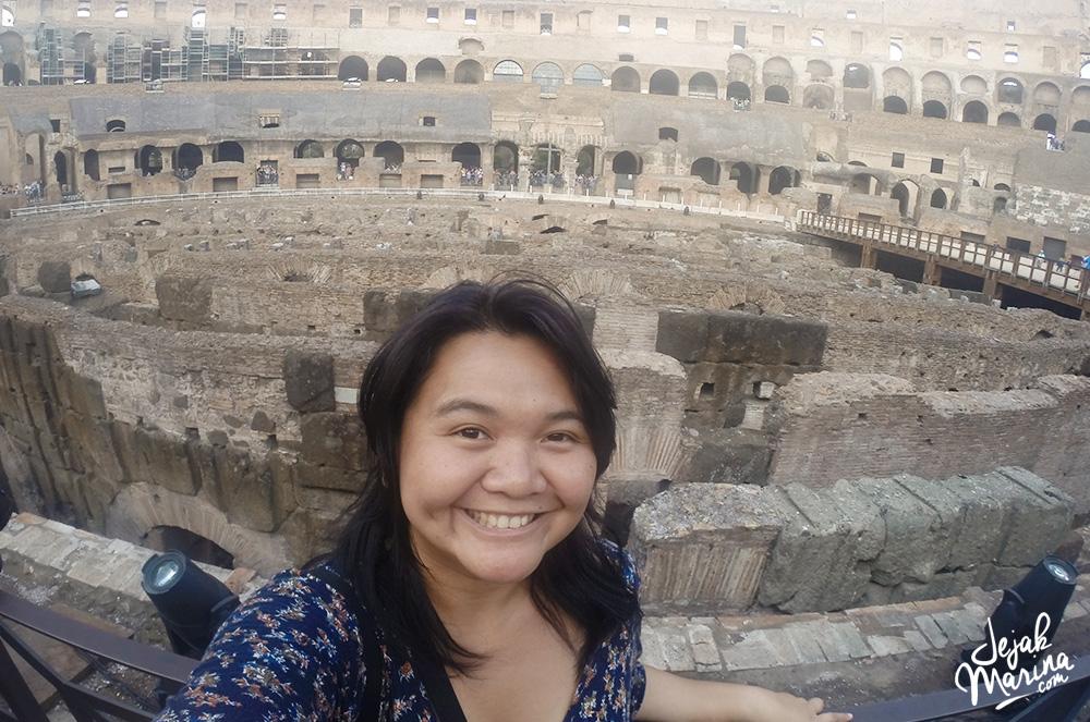 Marina in Colloseum Rome