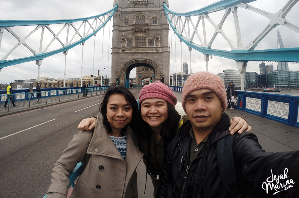Marina with friends in London 21